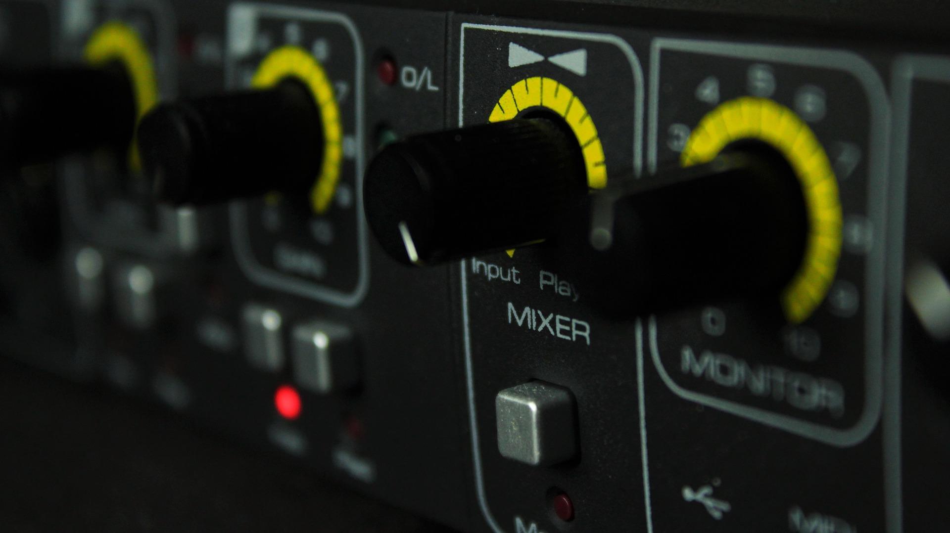 mixer buttons